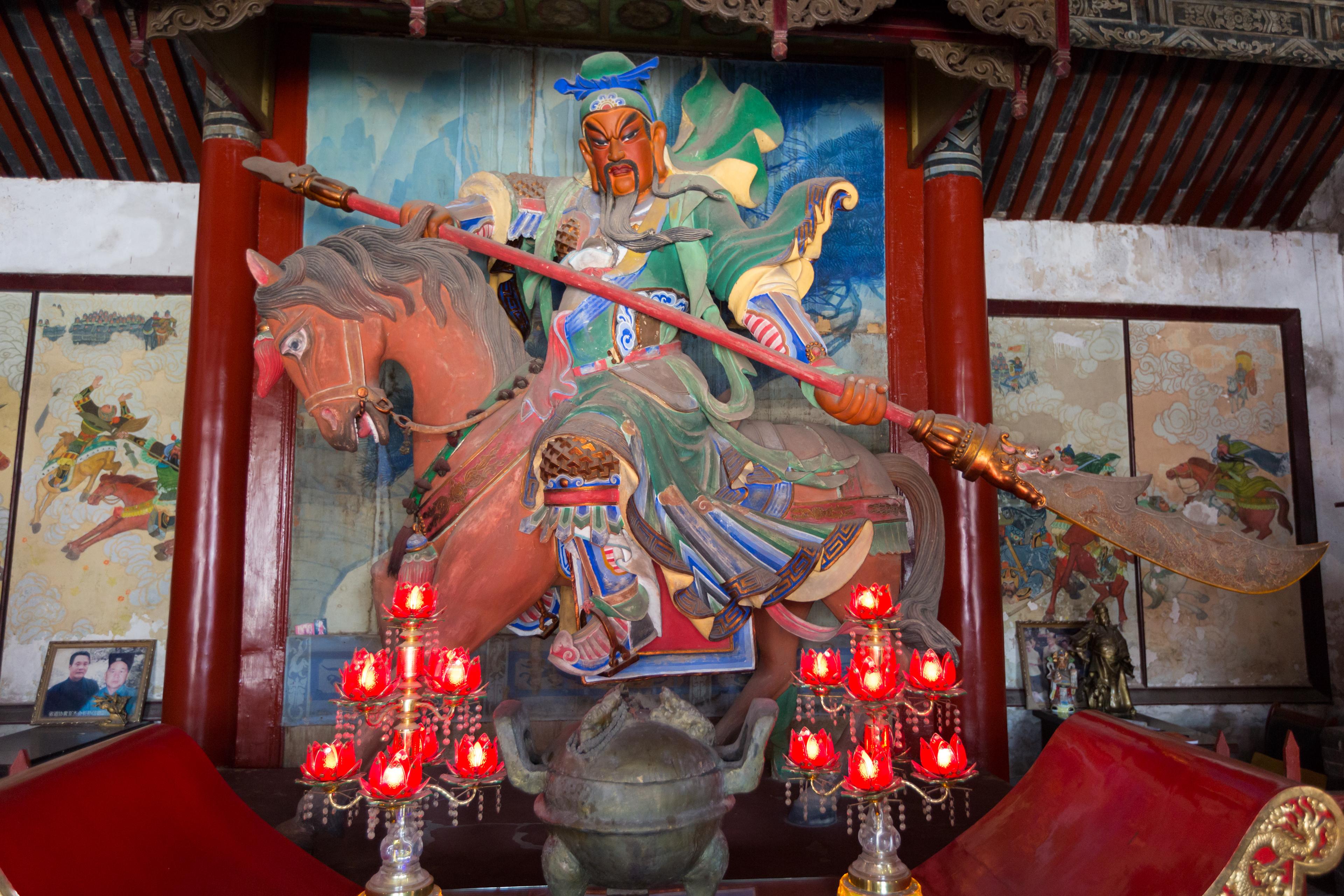 guan_yu_statue_2016_temple_of_guan_yu_28xuchang29_1